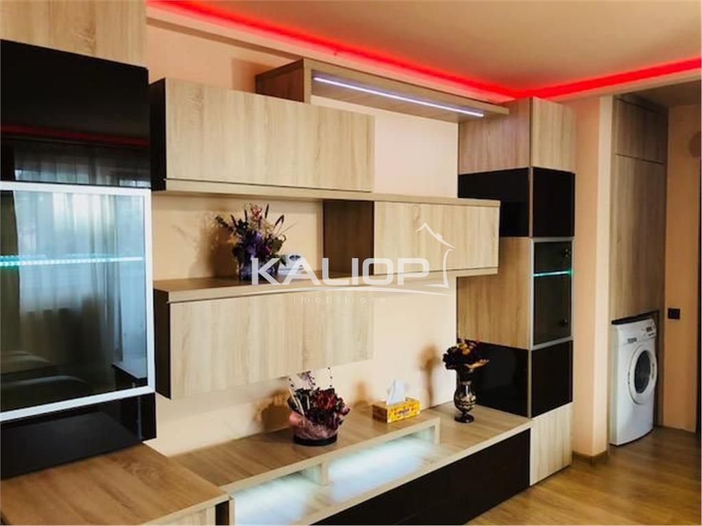 Apartament cu 3 camere cu garaj, zona Scolii Octavian Goga